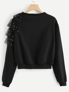 Contrast mesh beaded sweatshirt: Beaded sweatshirt with contrast mesh-Spanish SheIn (Sheinside) The post Contrast mesh beaded sweatshirt-Spanish SheIn (Sheinside) appeared first on Best Cute Outfit ideas. Girls Fashion Clothes, Teen Fashion Outfits, Look Fashion, Hijab Fashion, Diy Fashion, Trendy Outfits, Trendy Fashion, Ideias Fashion, Fashion Dresses