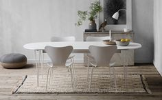 Buy Fritz Hansen Series Table Alu Edge White With White Powder Coated Steel Legs online with Houseology's Price Promise. Full Fritz Hansen collection with UK & International shipping. Dining Room Table, Table And Chairs, Dining Chairs, Bar Chairs, Room Chairs, Arne Jacobsen Chair, Living Room Styles, Circular Table, Extension Table