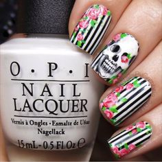 Scull black and white floral nail polish