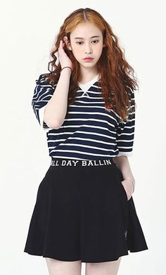로맨틱크라운 반팔티셔츠 ROMANTIC CROWN ALLDAY STRIPE 1/2 SHIRTS_NAVY