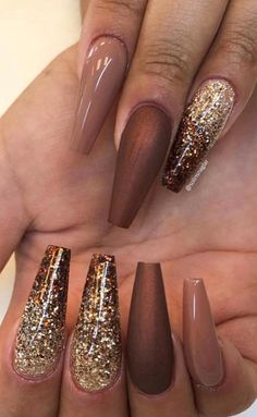 39 Fabulous Ways to Wear Glitter Nails Designs for 2019 Summer! Part glitter nails; Shiny Nails, New Year's Nails, Bright Nails, Brown Nails, Gel Nails, Nail Polish, Classy Nails, Trendy Nails, 21st Birthday Nails