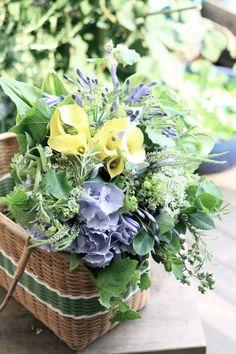 カラー/あじさい/ブーケ/花束/花どうらく/花屋/http://www.hanadouraku.com/bouquet