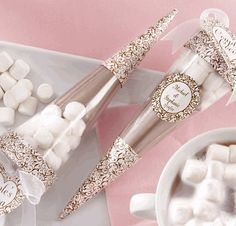 hot cocoa wedding favors - thought this was interesting. Probably not for late feb or march but thought it could spark ideas.