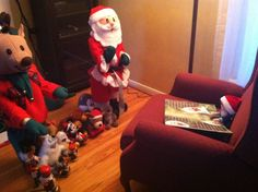 Elf reading the Night Before Christmas