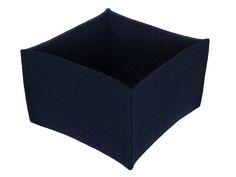 Utensilos & Stoffkörbchen - einfacher dunkelblauer Korb aus dickem Filz - ein Designerstück von Decotina bei DaWanda - http://de.dawanda.com/product/73917227-einfacher-dunkelblauer-korb-aus-dickem-filz
