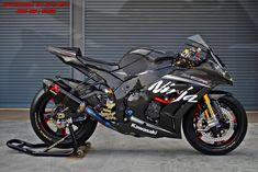 Kawasaki Ninja Full Carbon - Motocycle Pictures and Wallpapers Kawasaki Bikes, Kawasaki Ninja, Kawasaki Motorcycles, Racing Motorcycles, Moto Bike, Motorcycle Bike, Ducati, T Shirt Moto, Ninja Bike