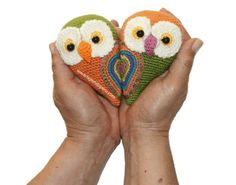 Tutorial: parejita de búhos que al estar juntitos forman un corazón! Especiales para el día de San valentín Están tejidos a crochet en la técnica de amigurumi) (amigurumi owl)
