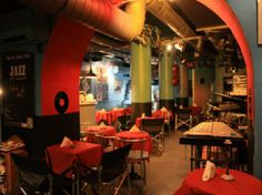 Venice Jazz Club is one of the coolest bars in the city of Venice Us Honeymoon Destinations, Italy Honeymoon, Jazz Club, Jazz Musicians, Cool Bars, Best Vacations, Trip Advisor, Traveling By Yourself, The Neighbourhood