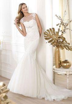 "shengsaihong2013: "" Tulle,lace Chapel Train Scoop Trumpet Natural Waist Wedding Dress """