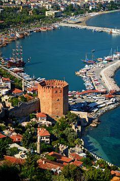 Kızıl Kule (Red Tower), Alanya, Turkey - ©Hakan Aydin - www.trekearth.com/gallery/Middle_East/Turkey////photo1381645.htm#