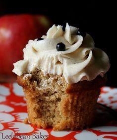 Leelabean's Applesauce Spice Cake