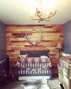 I like this accent wall Country Baby Nurseries, Country Baby Rooms, Baby Boy Rooms, Baby Boy Nurseries, Baby Boys, Cowboy Nursery, Woodland Nursery Boy, Rustic Nursery, Nursery Neutral