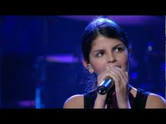 "Nikki Yanofsky Sings ""You've Changed"""