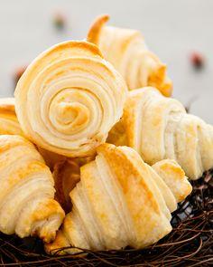 _DSC4938_FACEBOOK Croissants, Snack Recipes, Snacks, International Recipes, Nom Nom, Chips, Chocolate, Facebook, Brot