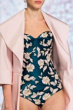 Don't Miss These Beautiful Couture Details | Ralph & Russo