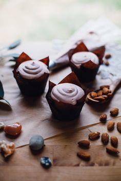Vanilla Coconut Cream Dream Cupcakes | Will Frolic for Food