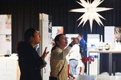 Handmade in Germany Shanghai: Die chinesischen Besucher sind allesamt sehr begeistert von der Ausstellung