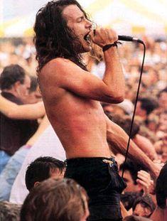 Eddie Vedder (Pearl Jam) I love you!