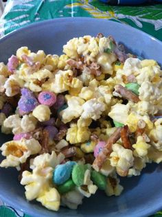 31 March 2013   Bunny bait (http://pinterest.com/pin/132011832797092175/) ! Easy and delicious!