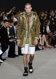 Givenchy - Men-Spring Summer 2017 - Show Collection #Givenchy #Men #Fashion #shorts #jacket