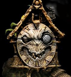 Love the scary clock concept Haunted House Props, Halloween Haunted Houses, Holidays Halloween, Spooky Halloween, Vintage Halloween, Halloween Crafts, Happy Halloween, Halloween Decorations, Spooky Scary