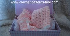 FREE crochet Pattern for Baby Bonnet and Booties. Vintage baby bonnet and baby booties crochet free pattern.