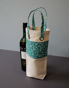 Wine or thermos Tote Wine Bottle Bag Case Carrier Holder - SINGLE BARREL - Echo Rice. $25.00, via Etsy.