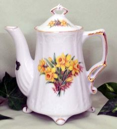 Antique Footed Daffodil Porcelain Teapot