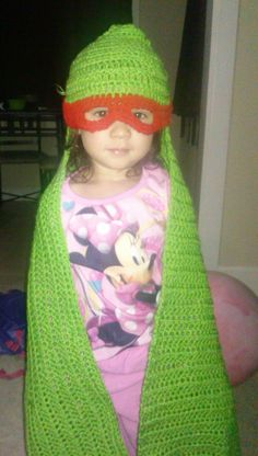 It may still not be too late to crochet a really nice Beanie (with Waffle Stitch pattern) for the beginning of the year! Crochet Hood, Love Crochet, Crochet Gifts, Crochet For Kids, Diy Crochet, Crochet Baby, Crochet Mermaid, Crochet Afgans, Crochet Quilt