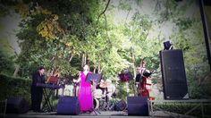 Eva i Fun Jazz durant el concert als Jardins de Santa Clotilde. Foto: Emili Ramos.