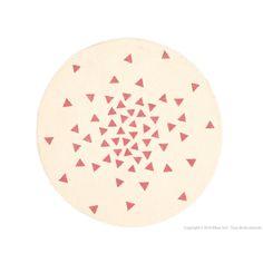 Tapis enfant rond 100% polypropylène motif triangle D.120cm NELLIE