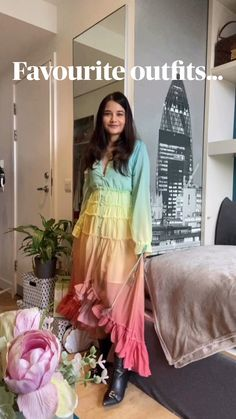 Indian Gowns Dresses, Indian Fashion Dresses, Dress Indian Style, Indian Designer Outfits, Girls Fashion Clothes, Designer Party Wear Dresses, Kurti Designs Party Wear, Stylish Dress Designs, Stylish Dresses