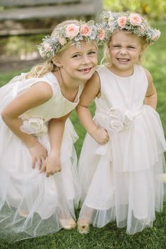 THE NORWEGIAN WEDDING BLOG : Brudepiker & Blomsterpiker i Bryllup