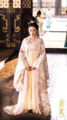 Peng Xiao Ran 彭晓冉 Good Bye My Princess 東宮 2019 Korean Princess, My Princess, Traditional Fashion, Traditional Dresses, Traditional Chinese, Oriental Fashion, Asian Fashion, Oriental Style, Beautiful Japanese Girl