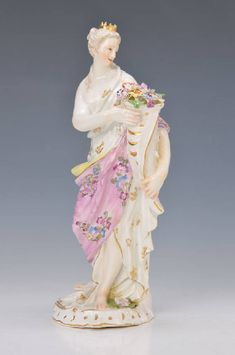 Meissen, around 1740, allegory on the spring, Fortuna with cornucopia, this filled with flowers,