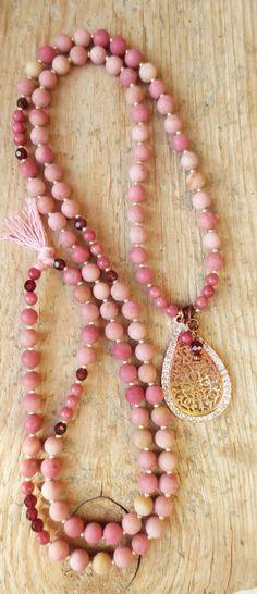 Bohemian necklace Hippie Ibiza rosegold gemstone beads pink mala Rhodonite Garnet