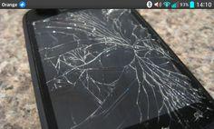 Los móviles ahora se arreglan.El creciente negocio del arreglo exprés de teléfonos. http://economia.elpais.com/economia/2015/03/13/actualidad/1426240963_918120.html