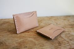 With two slots on the side and one slot on the side, the Standard Card Holder by Corter Leather works as a handy card holder you can carry with ease.