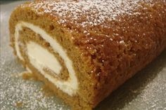 Cream Cheese Roll Recipe - Pumpkin Cream Cheese Roll-so moist and dense. The guys gobbled this up!Pumpkin Cream Cheese Roll-so moist and dense. The guys gobbled this up! Brownie Desserts, Oreo Dessert, Mini Desserts, Pumpkin Dessert, Just Desserts, Dessert Recipes, Dessert Food, Cream Cheese Rolls Recipe, Pumpkin Cream Cheese Roll