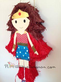 Piñata Superheroína