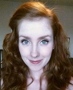 @_carolyntranart_ https://www.etsy.com/shop/PeaceLoveAquarelle #redheadoftheday #redhead #redhair #ranga #art #foxy #testarossa #peliroja #ginger