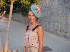 30 inspiraciones para una invitada 10! … | El Blog de SecretariaEvento Special Day, Leather Backpack, Hair Beauty, Fascinators, Headpieces, Hats, Ideas Para, Dresses, Scarves