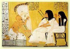 La música en Egipto poseía avanzados conocimientos que eran reservados para los sacerdotes, en el Imperio Nuevo utilizaban ya la escala de siete sonidos. Este pueblo contó con instrumentario rico...