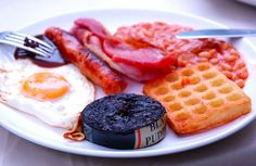 Full English breakfast! St Georges Day, St George's, Breakfast Time, Recipe Of The Day, Afternoon Tea, Waffles, British, English, Meals