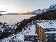 Wunderschöne Aussicht im Nidum Casual Luxury Hotel in Tirol!   #leadingsparesorts #leadingspa #wellness #wellneshotel #wellnessurlaub #urlaub #auszeit #natur #berge #tirol #aussicht #überdenwolken #wolken #landschaft #sonnenaufgang #winter #winterwonderland #hotel #resort #travel #traveler Mount Everest, Wellness, Mountains, Winter, Nature, Travel, Sunrise, Time Out, Clouds