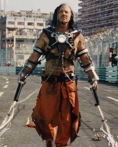 Whiplash (Mickey Rourke) in Iron Man The guy's out for some hardcore revenge. And his bird. Marvel Villains, Mcu Marvel, Marvel Characters, Marvel Movies, Marvel Art, Iron Men, Iron Man Suit, Iron Man Armor, Ninja Armor