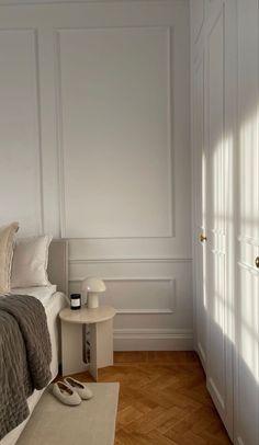 Minimalist Room, Aesthetic Room Decor, Dream Apartment, Dream Rooms, My New Room, House Rooms, Home Interior Design, Room Inspiration, Bedroom Decor