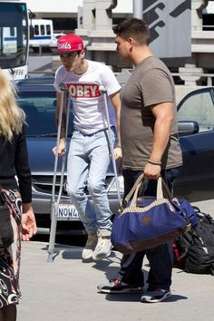 Zayn! This is why you don't hang out with Beiber because you sprang your ankle!!