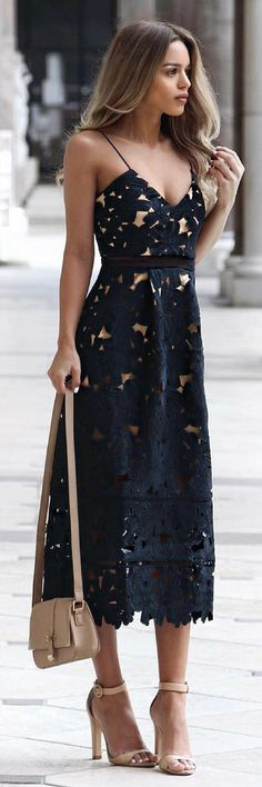 Floral Crochet Midi Dress // Fashion Look by Nada Adelle@michaelsusanno@emmaruthXOXO@emmammerrick@emmasusanno#SEXANDTHECITY #fashiondressescasual