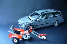 As I promissed, I'm gonna keep my crerations together at least for some time. And it looks like the trike is in the same scale as my Volvo Enjoy! Volvo V50, Lego Sculptures, Lego Builder, Miniature, Cars, Autos, Mini Things, Vehicles, Automobile